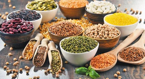 8. Ngũ cốc và các loại hạt 1