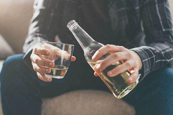 3. Bạn thường uống nhiều bia rượu 1