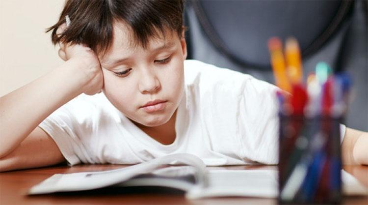Bí quyết giúp bạn tập trung nghe giảng trên lớp 1