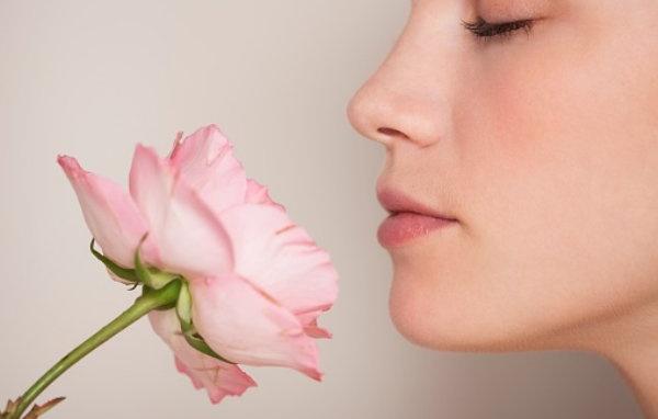 Nghiên cứu khoa học: một số mùi và âm thanh có thể giúp bạn ngủ ngon và cải thiện trí nhớ 1