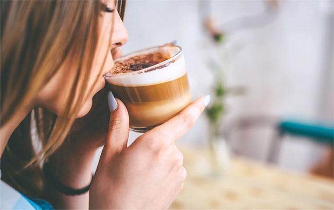 7. Đừng uống nhiều cà phê như một liều thuốc 1