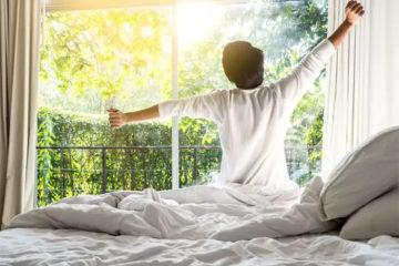 10 cách để đánh thức não bộ của bạn vào buổi sáng