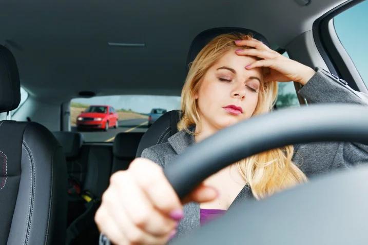 Cảnh báo: Buồn ngủ quá mức và những rủi ro tại nơi làm việc 1